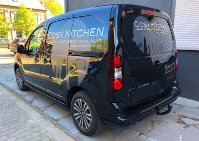 Autoreclame Autobelettering Bestelwagen Belettering Peugeot Partner Cosy Kitchen