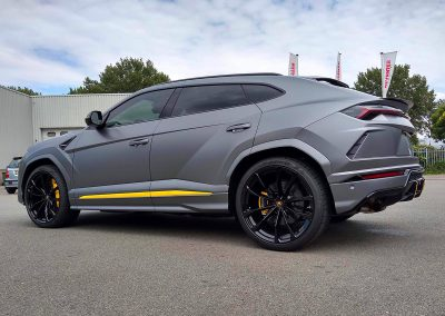 Carwrapping Color Change Lamborghini Urus F2